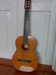 Продам испанскую гитару