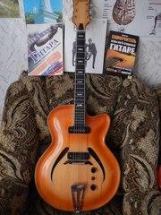 Продам полуакустическую гитару