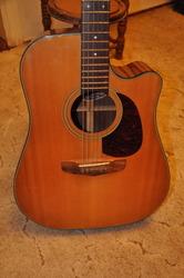 Продам акустическую гитару Fender San Miguel