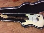 Срочно! Продам Fender Stratocaster!