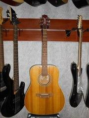 Акустическая Гитара Трембита с Чистым и Глубоким Звуком