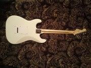 Электрогитара Fender Squier Bullet Stratocaster